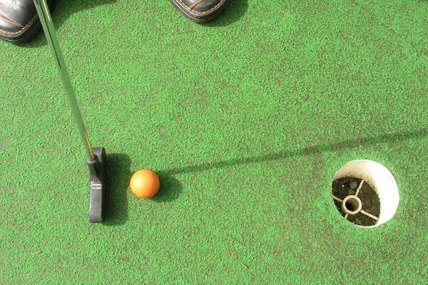 Summer Kick-Off PAR-Tee With Free Mini Golf